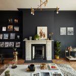 Salon : mur noir