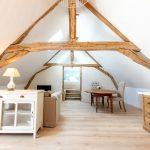 1ER | La chambre Le nid | Copyright http://www.ecrin-des-vignes.fr/
